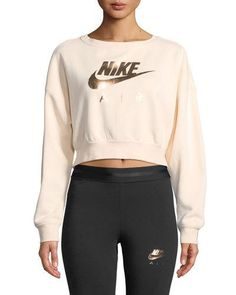 Nike Air Cropped Athletic Sweatshirt - Cropped - Ideas of Cropped - Nike Air Cropped Athletic Sweatshirt. Cute Nike Outfits, Sport Outfits, Trendy Outfits, Cute Athletic Outfits, 70s Outfits, Athletic Fashion, Fashion Outfits, Nike Sweatshirts, Fashion Sweatshirts