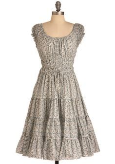 Prairie Home Dress - I love the simple, romantic, country feel of this dress.