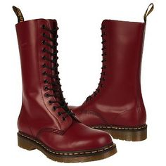 Oh wow! my friend Peggy saved up her money to buy these exact docs & she was in heaven when she bought them.. it was 1996