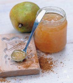 Peren-speculaaskruidenjam - Recept - JAMMIE - datisjammie.nl Pear Recipes, Sweet Recipes, Healthy Recipes, Gooseberry Recipes, Pickels, Recipe Database, All Fruits, Cookie Bars, Chutney