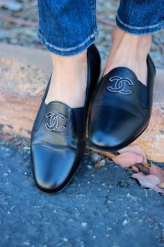 I would rock these, perfect for shooting on my feet all day. #Chanel Loafers
