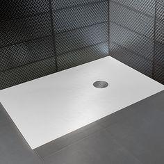 Hidrobox Scene Solid Surface, serie Nature. Verzonken, witte douchevloer gemaakt van solid surface, een solide en natuurlijk materiaal dat door en door gekleurd is. Slijtvast en eenvoudig te repareren.