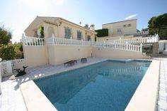 3 bedroom villa in Los Balcones, Alicante #travel #spain #foremostpropertygroup