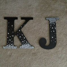 Crafts For Girls Diy Crafts For Kids Rooms Girls Wooden Letters 23 Ideas Diy Letters, Letter A Crafts, Painted Letters, Decorative Letters For Wall, Decorate Wooden Letters, Wood Letters Decorated, Wooden Letter Decor, Nursery Letters, Wooden Crafts