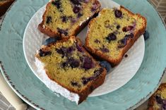 Banana bread cu afine - Retete culinare by Teo's Kitchen Sweets Recipes, Yummy Recipes, Yummy Food, Lidl, Banana Bread, Cravings, Muffin, Breakfast, Kitchen
