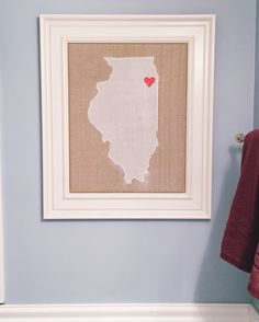 Super Easy DIY State Wall Art! Great for a housewarming gift or make for your own house! www.thecofranhome.com