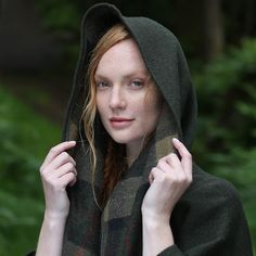 Classic Green Country Walking Cape #cape #women #style #irish #Ireland #wool