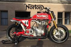 Norton MM Street TRacker by 72 Motorcycles - Photo by Merry Michau #motorcycles #streettracker #motos | caferacerpasion.com