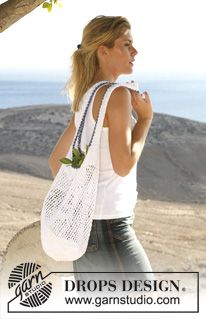 "DROPS 106-35 - DROPS crochet and knitted bag in ""Muskat"". - Free pattern by DROPS Design"