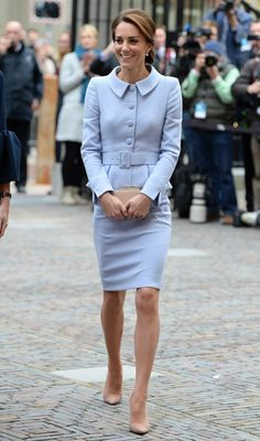 Duchess Kate, Duchess Of Cambridge, Kate Middleton Legs, Kate Middleton Prince William, Photo Stock Images, Great Legs, Queen Elizabeth, Editorial Photography, Nice Dresses
