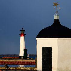 Assens Havn dagen derpå. Kogehuset (opført 1924) og fyrtårnet (opført 1854) #visitfyn #fyn #nature #visitdenmark #naturelovers #natur #denmark #danmark #dänemark #landscape #nofilter #assens #mitassens #vildmedfyn #fynerfin #assensnatur #vielskernaturen #visitassens #instapic #picoftheday #january #kogehuset #lighthouse
