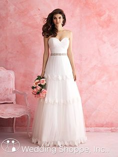 Boho is back for 2015! From long sleeves to low backs, here are our favorite bohemian wedding dresses! Want more? We've thrown in beauty, decor, and more!