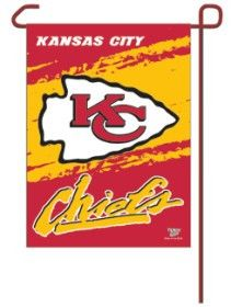 """These garden flags are a great way to show who your favorite team is, and also makes a great gift! They are a great addition to any yard or garden area. They are 11""""x15"""" in size, are made of a sturdy"""