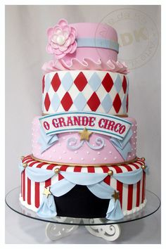 Grand Circus Cake by Arte da Ka. I would do the bottom tier only as my birthday cake. Pretty Wedding Cakes, Pretty Cakes, Cute Cakes, Gorgeous Cakes, Amazing Cakes, Cake Original, Circus Cakes, Novelty Cakes, Occasion Cakes