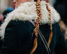 •✧ want to see more pins like this? then follow pinterest: @morgangretaaa + follow my insta @morgangretaaa ✧• Anna Kristoff, Princess Anna, Modern Disney, Disney Films, Disney Characters, Sansa Stark, Lady And The Tramp, Winter Is Coming, Merida