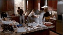 If you burn your meal, you can show up at Naley's door. (Like when poor Brooke (Sophia Bush) tried really hard to make a nice meal for her fiancé, Julian (Austin Nichols), and his mom, Sylvia (Sharon Lawrence).) | 16 Reasons Why Thanksgiving At Haley And Nathan Scott's Home Is The Best