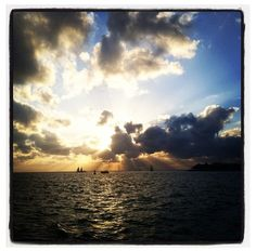 BETHBREWER601 Nothing better than a Key West sunset at Mallory Square! #captureKW #keywest