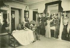 Les Createurs de La Mode 1910 - 12 - Coin de Salon - Worth