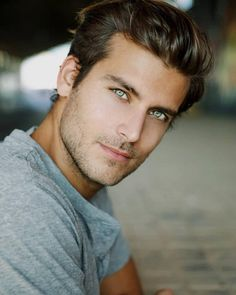 There's something hypnotic about these eyes 😍 Fabián Castro ( Handsome Male Models, Handsome Faces, Men Handsome, Hottest Male Models, Beautiful Men Faces, Gorgeous Men, Hommes Sexy, Male Face, Attractive Men