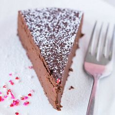 Flowerless Chocolate Cake has a very short ingredient list – only four items! Amazing!! Promise, you won't miss the flour.