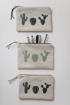 Project 26 + 26 // Cactus pouches Zippered pouches www.sandraandruben.com
