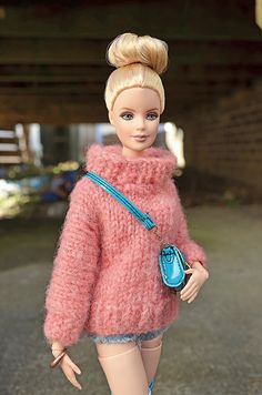 Barbie Outfit of the Day Barbie Clothes, Barbie Stuff, Knee Up, Beautiful Barbie Dolls, Fashion Dolls, Outfit Of The Day, Winter Hats, Crochet Hats, Barbie Fashionista