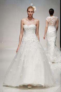 Vestidos de noiva de Charlotte Balbier 2014.
