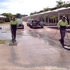 Concrete cleaning | Driveway cleaning | house washing | pressure washing | M&K Links Pty Ltd | PO Box 32 Kingsgrove NSW 1480 Australia | http://highpressurewashingnsw.com.au/
