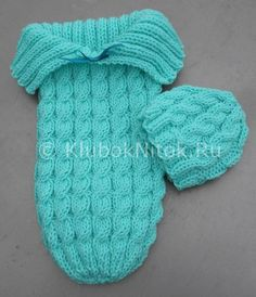 Baby Knitting Patterns Sleeping Bag Free knitting pattern on Cozy in Cables Sleep Sack and matching hat – Designed b… Knitting For Kids, Loom Knitting, Free Knitting, Knitting Projects, Double Knitting, Knitting Needles, Knitting Ideas, Baby Patterns, Crochet Patterns