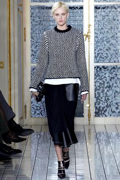 Balenciaga Fall 2011 Ready-to-Wear - Collection - Gallery - Style.com