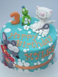"""round vanilla cake filled with vanilla buttercream and covered in fondant. Toopy, Binoo Patchy Patch figures made from gumpaste, including the """"bubbles"""". Baby First Birthday, First Birthday Parties, Birthday Party Decorations, Birthday Ideas, Piece Of Cakes, Creative Cakes, Gum Paste, Cakes And More, Custom Cakes"""