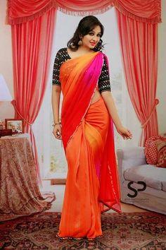 Aavaana Photos - Aavana In Saree Stills Simple Sarees, Trendy Sarees, Stylish Sarees, Beautiful Girl Indian, Beautiful Saree, Beautiful Indian Actress, Beautiful Actresses, Beautiful Celebrities, Sari Design