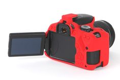 Canon 650D - With our easyCover camera cases, your camera is fully protected and yet remains fully functional. Try for yourself! This model is available in black and red.