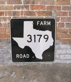 Retired Texas FM 3179 Highway Road Sign. Use for Texas Decor, surprise anniversary or birthday gift. Makes for fun industrial decor wall art