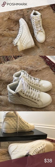White sneakers Perfect condition Wanted Shoes Sneakers
