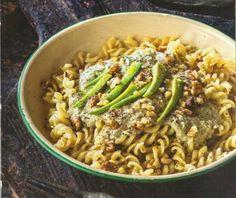 Ζυμαρικά με αβοκάντο και καρυδάτη σάλτσα Veggie Recipes, Cooking Recipes, Food Categories, Finger Foods, Guacamole, Pasta Salad, Green Beans, Avocado, Spaghetti