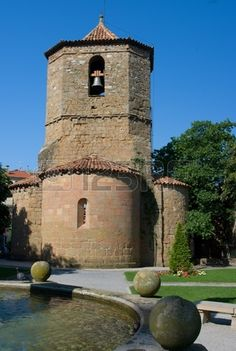 SPAIN / Medieval - Iglesia rom nica de Sant Joan de les Abadesses Girona Catalonia Spain Foto de archivo