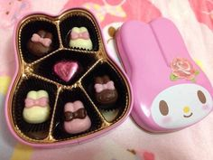 My Melody chocolates Cute Snacks, Cute Desserts, Cute Food, Japanese Snacks, Japanese Food, Japanese Desserts, Kawaii Dessert, Hello Kitty Items, My Melody
