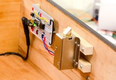 Secret Knock Activated Drawer Lock ~~~ For more cool Arduino stuff check out… Lock Style, Raspberry Pi Projects, Buzzer, Wood Screws, Cool Tech, Electronics Projects, Iot Projects, Robotics Projects, Electronics Components