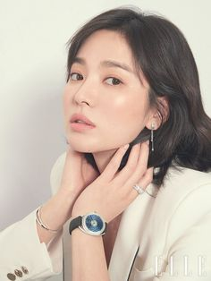 Song Hye Kyo is Softly Radiant in Elle Korea Pictorial Post tvN Drama Encounter Korean Makeup, Korean Beauty, Yoo Seung-ho, Song Hye Kyo Style, Beauty Makeup, Hair Beauty, Beauty Spa, Song Joong Ki, My Hairstyle