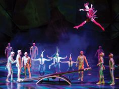 Mystère by Cirque du Soleil is a vibrant circus-style production that combines whimsical grace and beauty with powerful and precise athleticism. Top 10 Las Vegas Show – Mystere by Cirque du Soleil Las Vegas Shows, Las Vegas Strip, Treasure Island Hotel, Vegas Activities, Family Activities, Winter Date Ideas, Las Vegas With Kids, Las Vegas Blvd, Free Things To Do