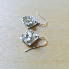 Hey, I found this really awesome Etsy listing at https://www.etsy.com/listing/236797549/silver-flower-earrings-geranium-leaves