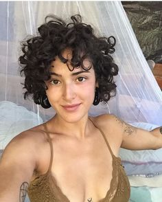 a forever bed-header 🤷🏻♀️ Short Curly Haircuts, Curly Hair Cuts, Wavy Hair, Short Hair Cuts, Her Hair, Curly Hair Styles, Natural Hair Styles, Perm On Short Hair, Short Curly Pixie