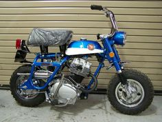 Custom Honda Monkey bike with CB125 engine.