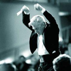 Herbert von Karajan im edel-existenzia...wasser'schen Fotografie-Künste.   | Foto: Haus Löwenberg