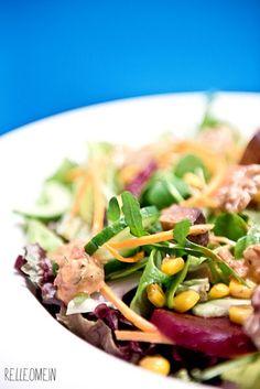 Vegan for Fit: Salat mit rote Bete, Nüssen und Tomatendressing | relleoMein #vegan