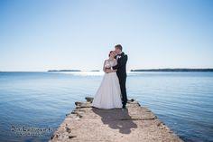 Haukilahti, Espoo, Hääpotretti, Hääkuvaus Wedding Dresses, Fashion, Bride Dresses, Moda, Bridal Gowns, Fashion Styles, Weeding Dresses, Wedding Dressses, Bridal Dresses