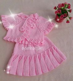 Top Rated Child Skirt Knitting Models You are in the right place about Crochet Pattern for kids slippers Here we offer you the most beautiful. Baby Knitting Patterns, Hand Knitting, Crochet Patterns, Knit Baby Dress, Crochet Baby Clothes, Knitwear Fashion, Knit Fashion, Baby Pullover, Kids Slippers