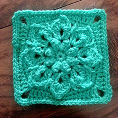 The Gabriella Square is to be used for the Vibrant Vintage CAL - FREE CROCHET PATTERN
