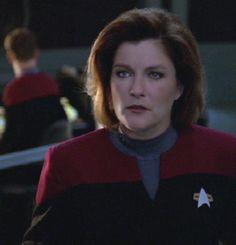 star trek girls | Kathryn Janeway - Star Trek Women Photo (9867677) - Fanpop fanclubs